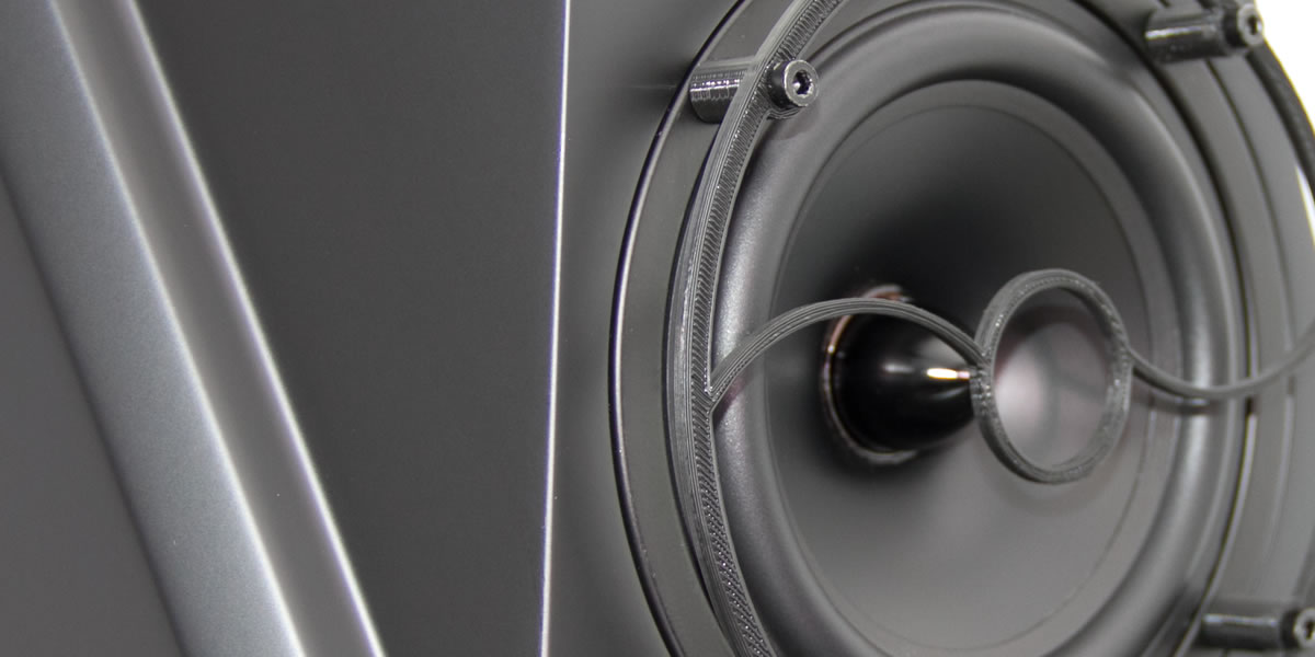 acoustic pinpoint on an S600 monitor - close up